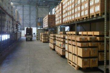 Stockage / garde meubles